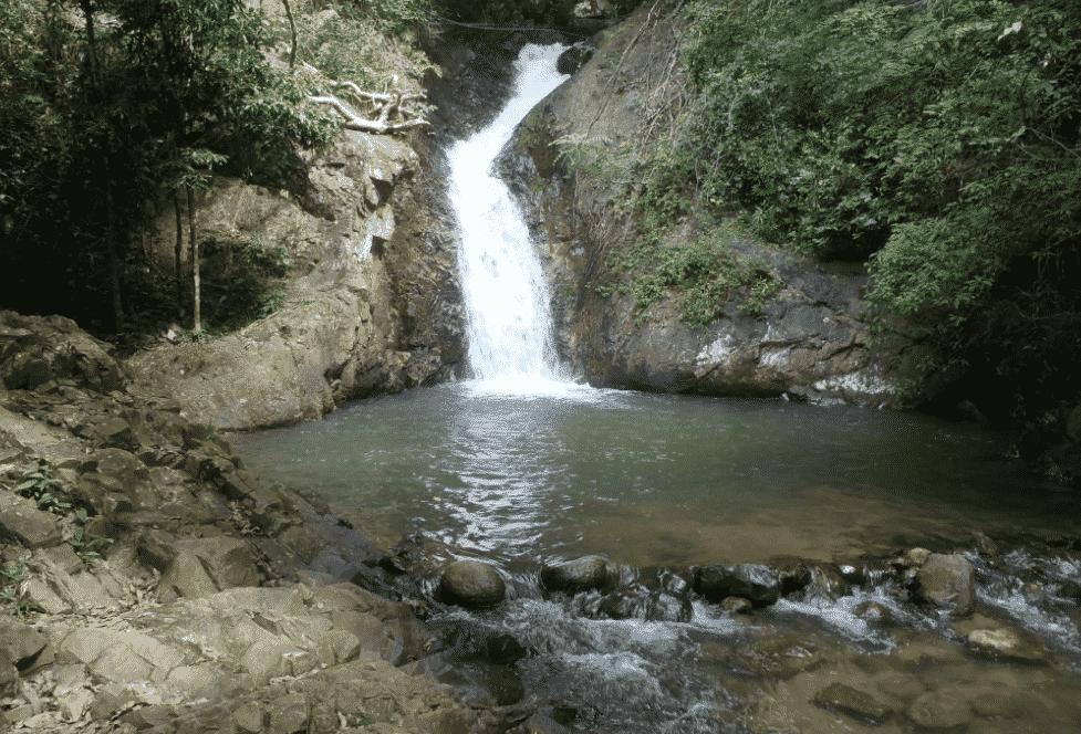 Tour privé terrestre à Krabi cascade